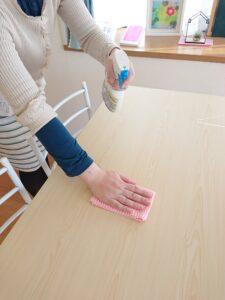 コロナ対策 テーブル